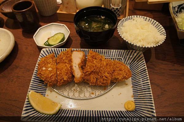 里肌肉豬排套餐(中)