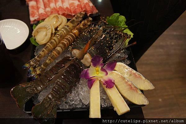 耶誕跨年雙人套餐-野生龍蝦豪華海鮮拼盤104/12/25