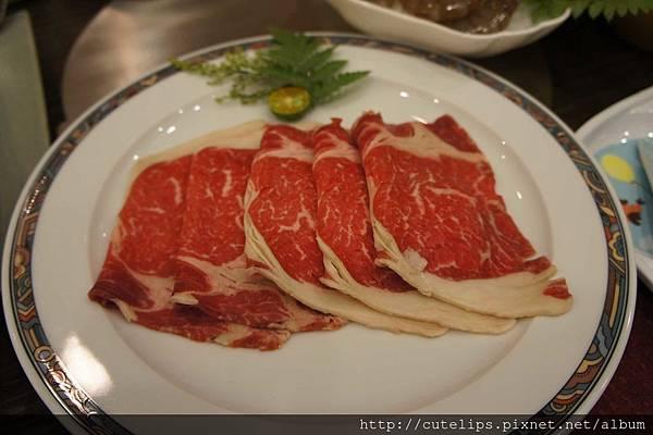 美國頂級肋眼牛肉(贈送)