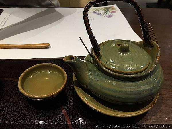 蘭花御膳-海鮮土瓶蒸105/1/9