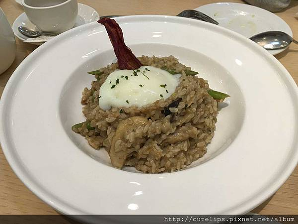 雙人套餐-溫泉蛋牛肝菌菇燉飯
