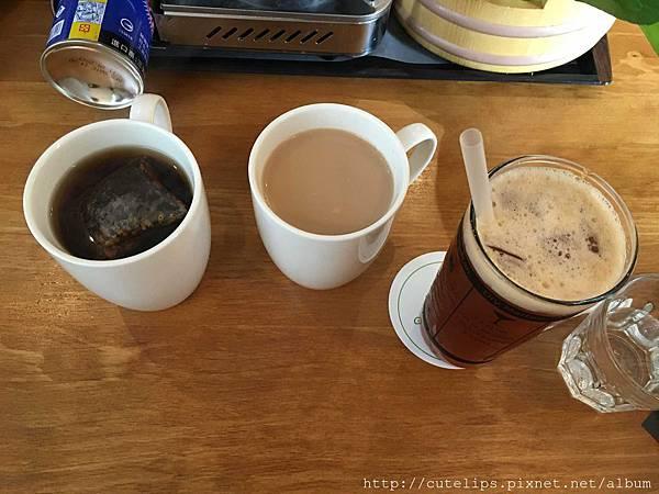 日式玄米茶、熱紅茶鮮奶