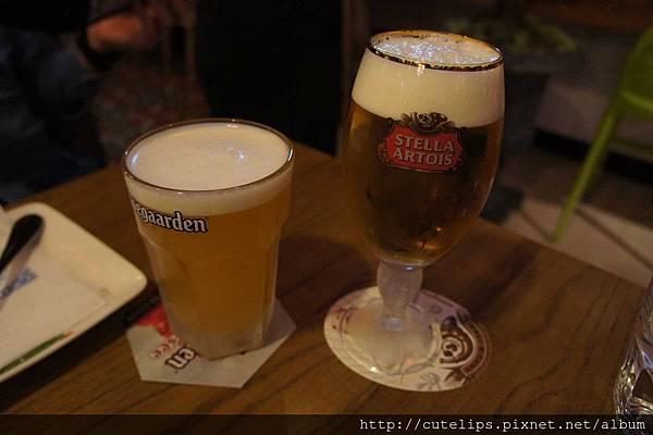 豪格登小麥生啤酒&時代啤酒