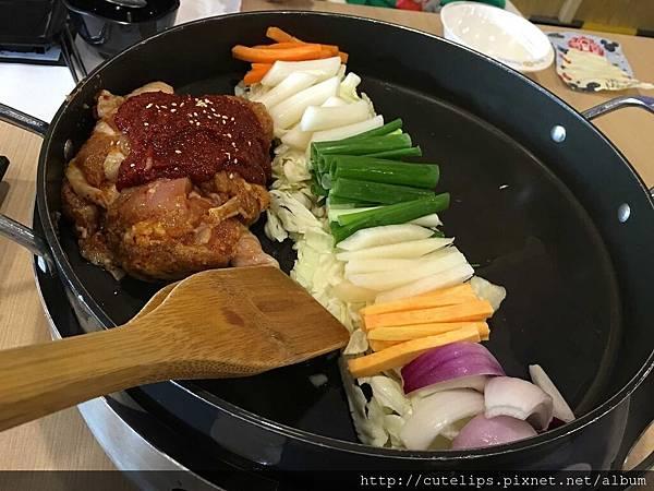 起司春川炒雞排鍋