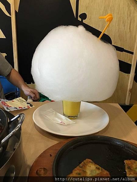 棉花糖泡泡-柳橙百香可爾必思