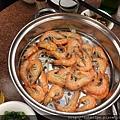 蒸熟後的海鮮鍋第三層