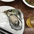 滿大顆的牡蠣