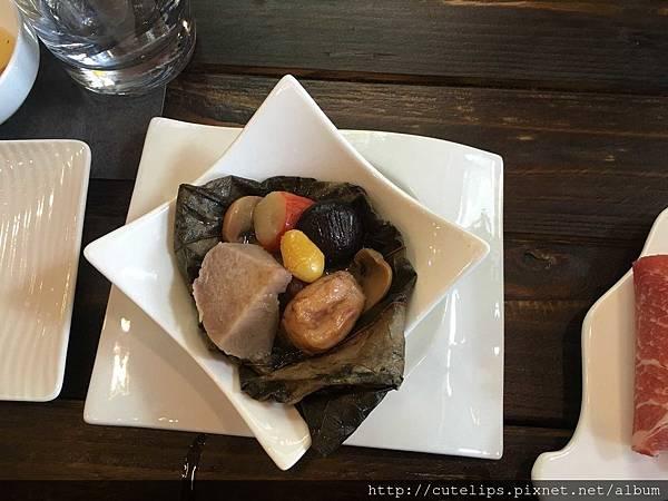 500元無菜單料理-荷香鮑魚