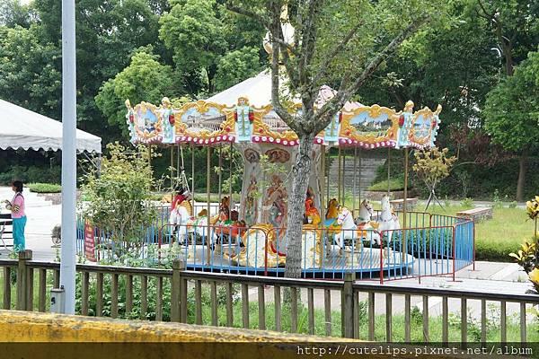 竹崎親水公園-旋轉木馬
