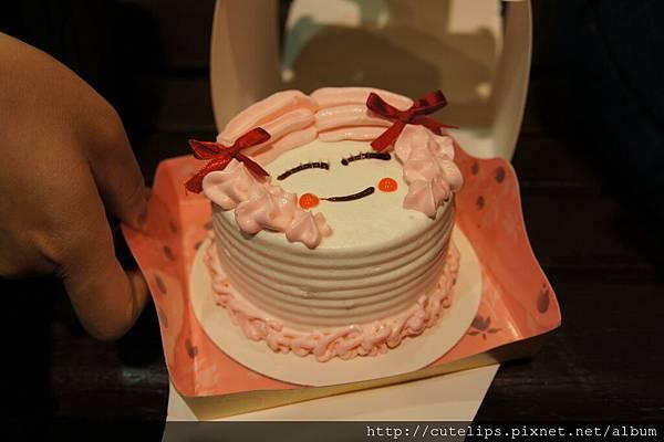 餐廳贈送的母親節蛋糕