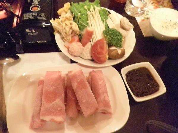 豬肉片及火鍋料