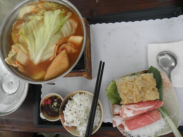 泡菜豬肉火鍋