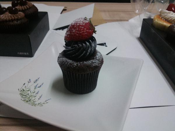 草莓巧克力海