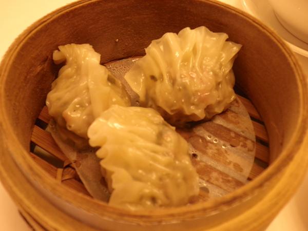 大大茶樓~魚翅餃