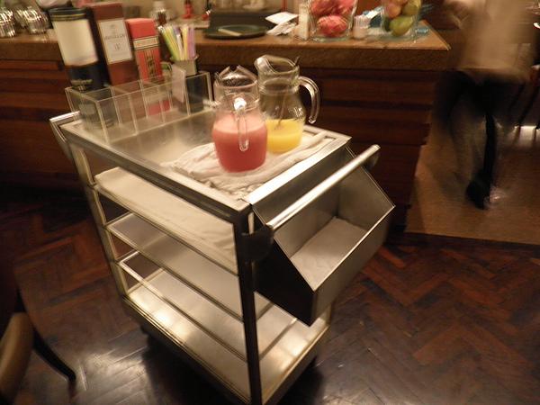 酒類&果汁推車
