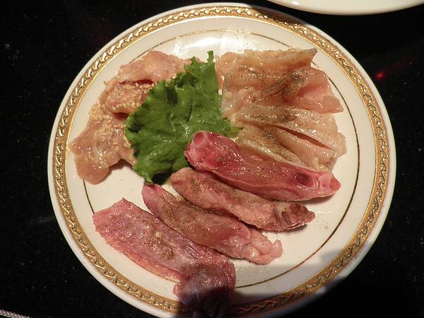 雞肉盤(雞肉+雞翅+雞軟骨)
