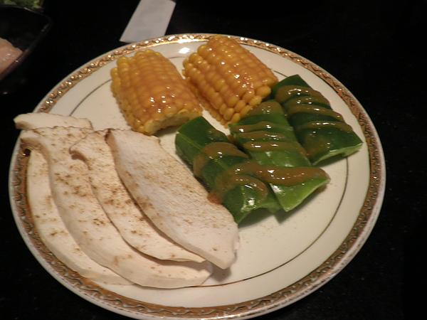 野菜盤(玉米+杏鮑菇+青椒)