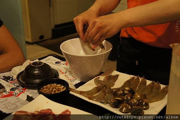 剝蝦子服務