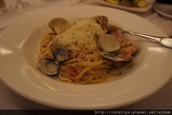 白酒培根蛤蜊算為義大利麵