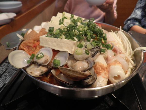 泡菜海鮮火鍋