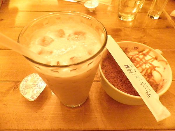 冰伯爵奶茶&冰印度茶拿鐵