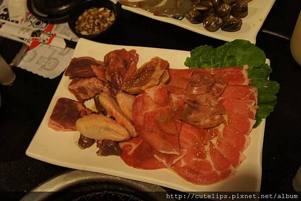綜合豬肉盤&雞肉