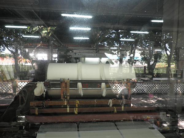 目前還在使用的第一代梭織機