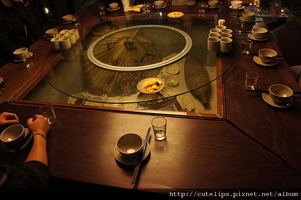 很有客家特色的桌子