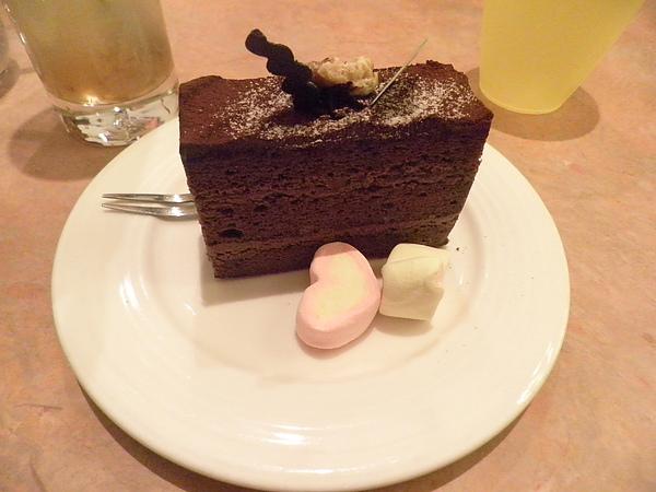 黑森林蛋糕?
