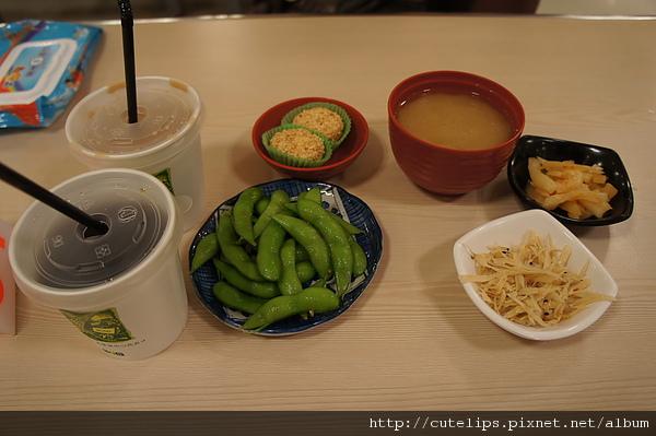 小菜、飲料、湯及甜點