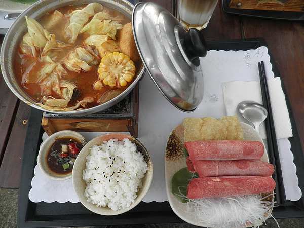麻辣牛肉火鍋