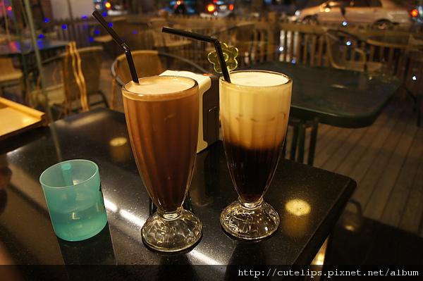 巧克力奶茶&拿鐵咖啡