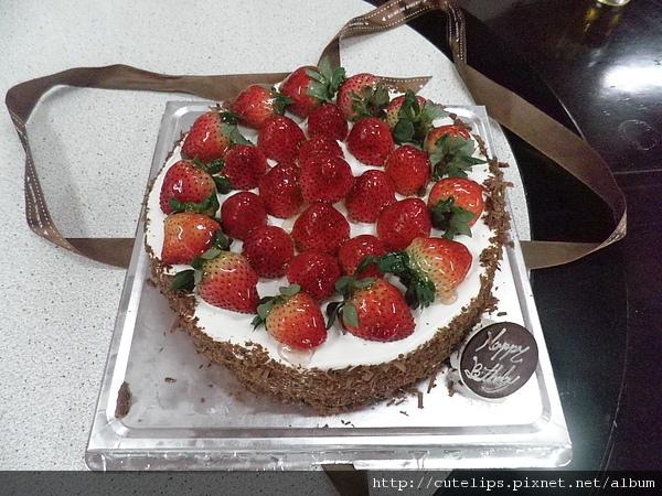 古魯米~黑森林草莓蛋糕