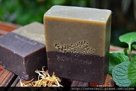 紫草平安羊奶皂