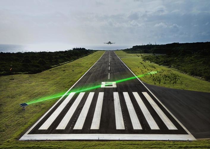3037905-slide-s-7-keeping-birds-away-from-runways(www.fastcoexist.com)