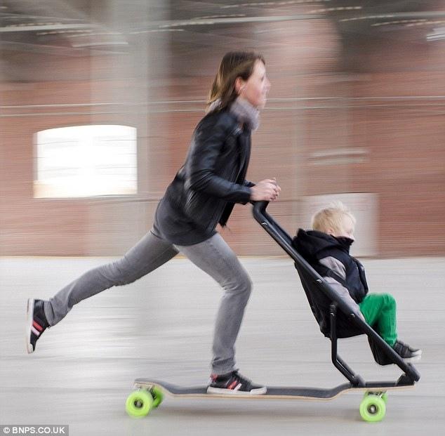 10. 滑板車