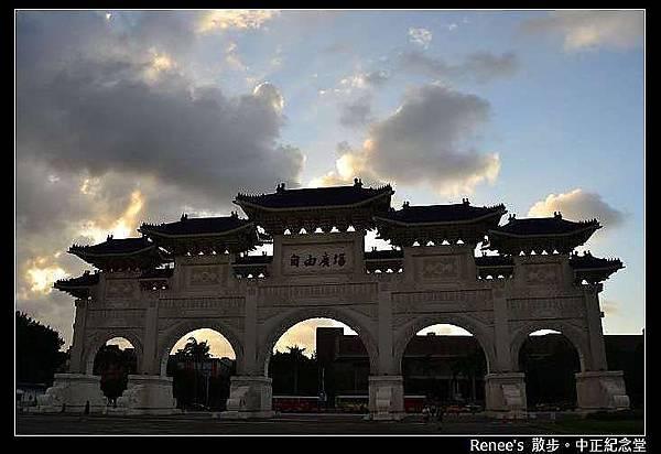 2012.09.26 中正廟烏雲很多_DSC_9324