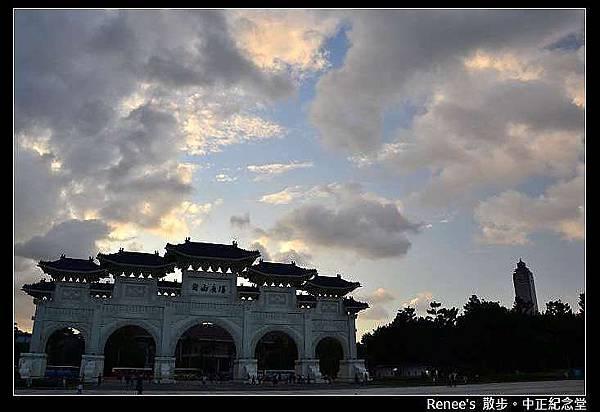 2012.09.26 中正廟烏雲很多_DSC_9356
