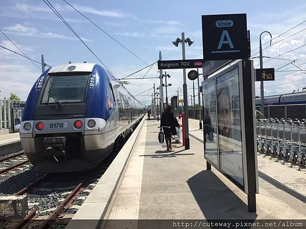 TGV巴黎到亞維儂
