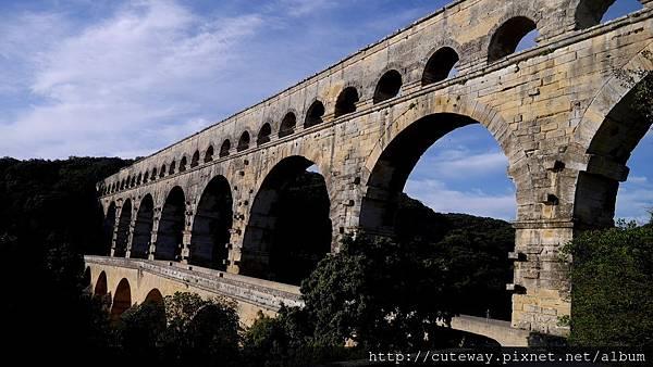加爾橋Pont du Gard