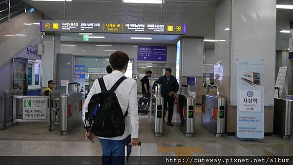 釜山輕軌沙上站轉地鐵
