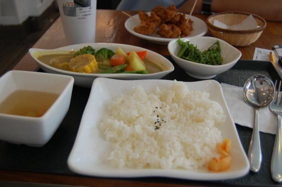 繼光香香雞-蔬菜咖哩飯