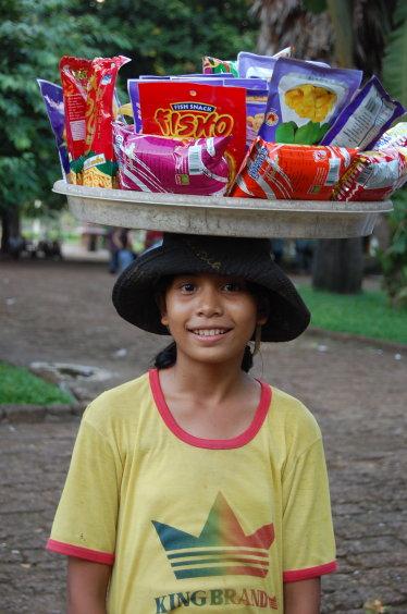 2007高棉-塔仔山的小朋友