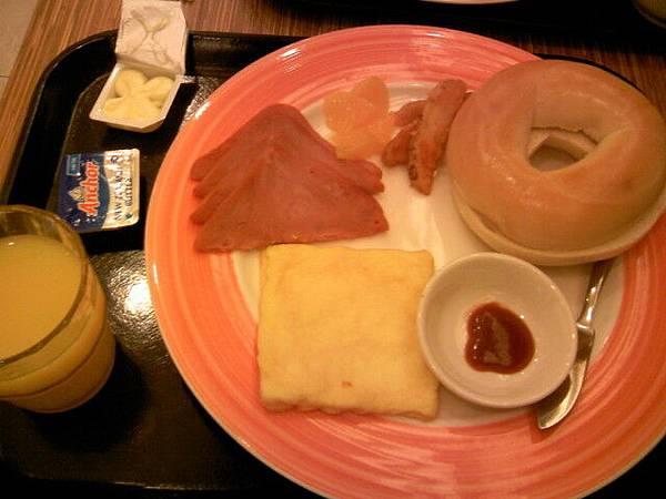 新發現丹堤美式早餐