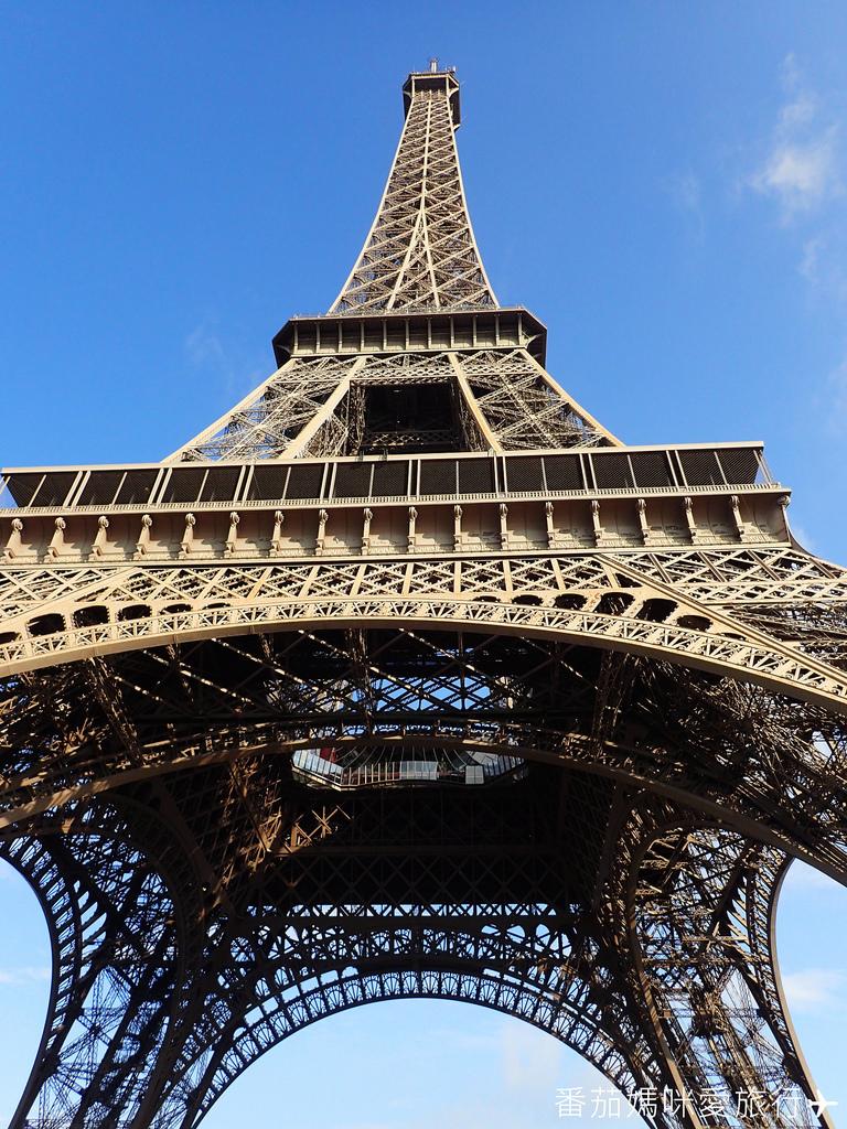 巴黎DAY2 巴黎鐵塔&凱旋門&聖心堂&聖母院&塞納河遊船 (5)