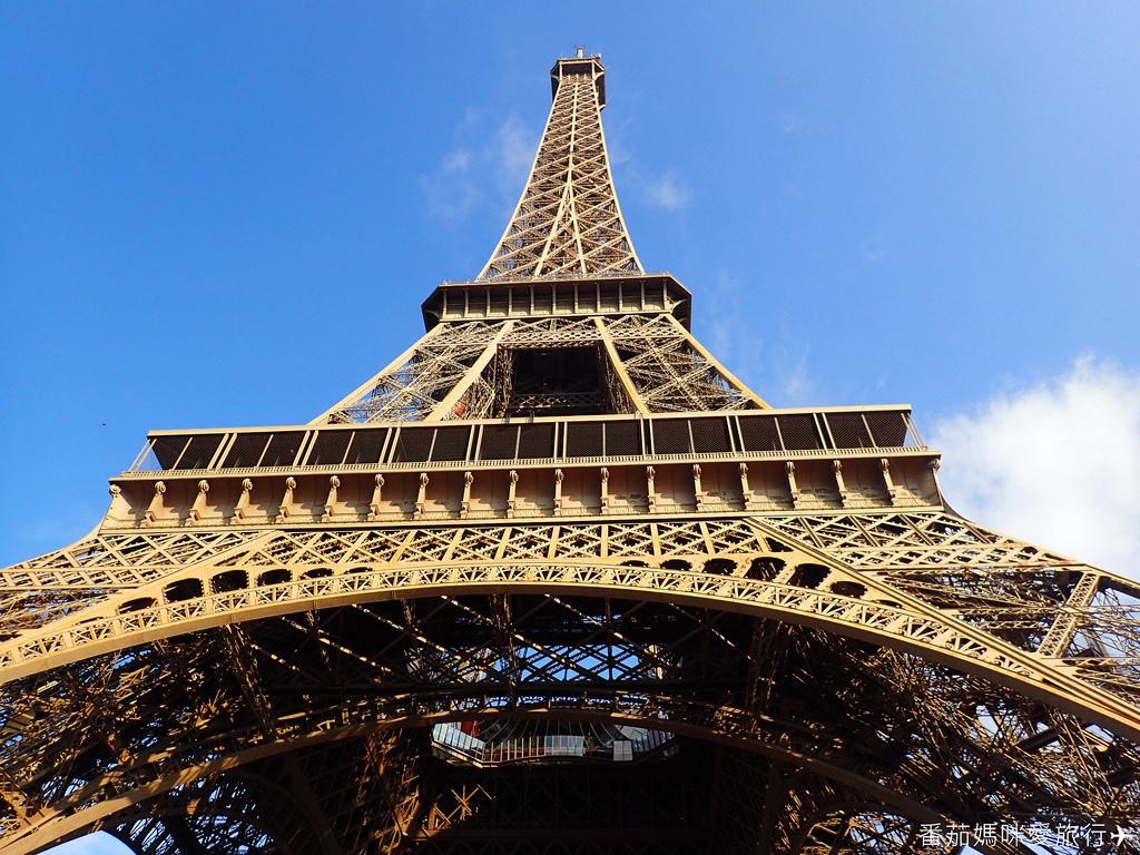 巴黎DAY2 巴黎鐵塔&凱旋門&聖心堂&聖母院&塞納河遊船 (6)