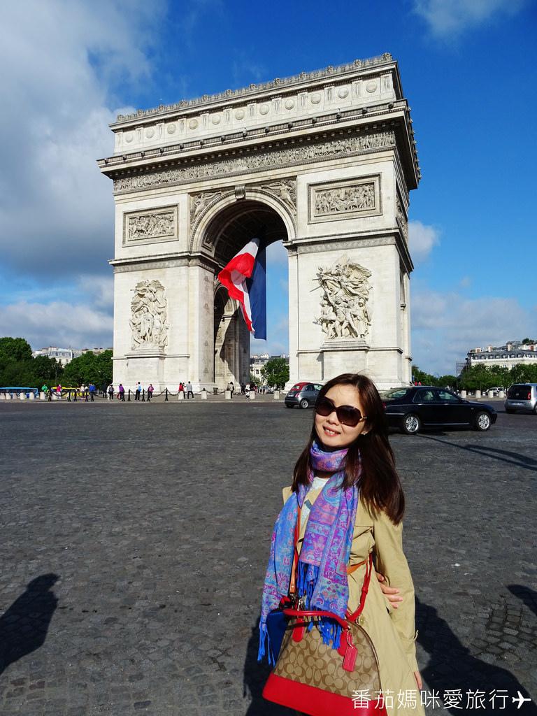 巴黎DAY2 巴黎鐵塔&凱旋門&聖心堂&聖母院&塞納河遊船 (19)