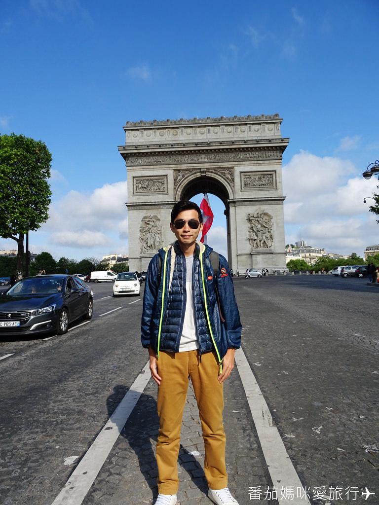 巴黎DAY2 巴黎鐵塔&凱旋門&聖心堂&聖母院&塞納河遊船 (21)
