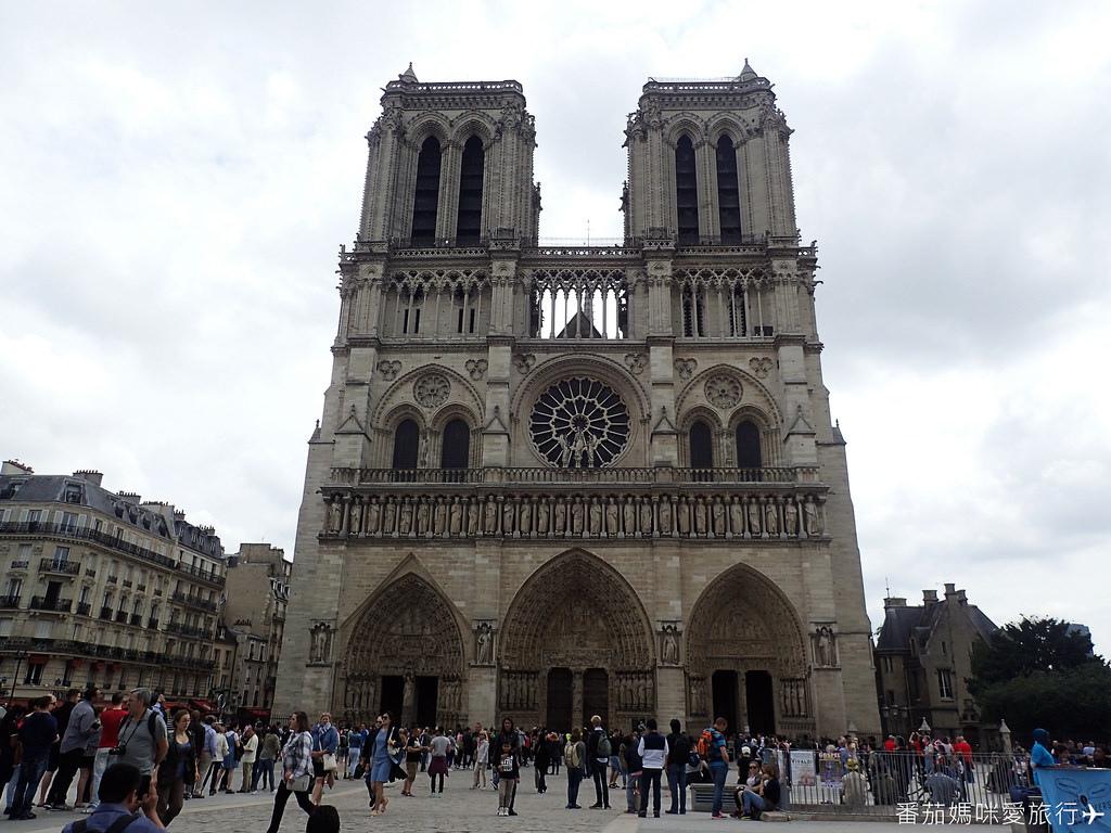 巴黎DAY2 巴黎鐵塔&凱旋門&聖心堂&聖母院&塞納河遊船 (52)