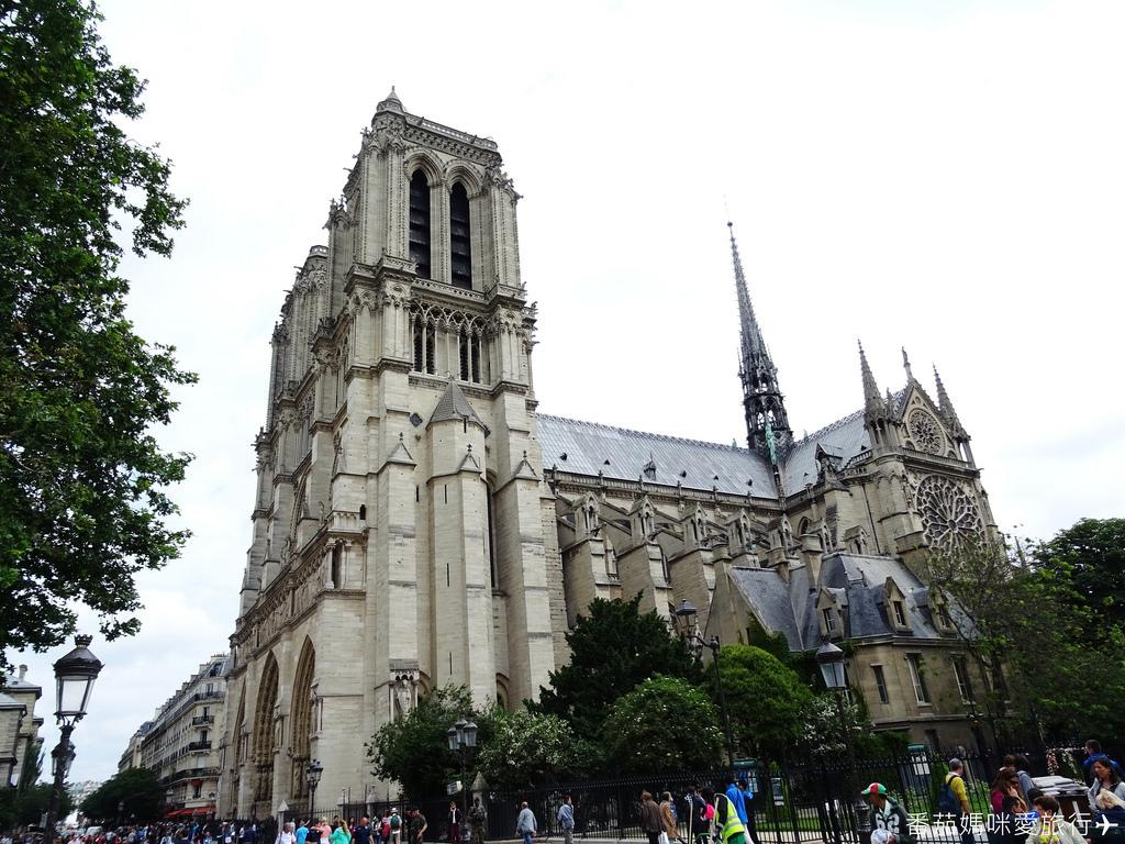 巴黎DAY2 巴黎鐵塔&凱旋門&聖心堂&聖母院&塞納河遊船 (50)